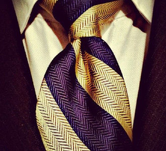 How to Tie a Hanover Knot